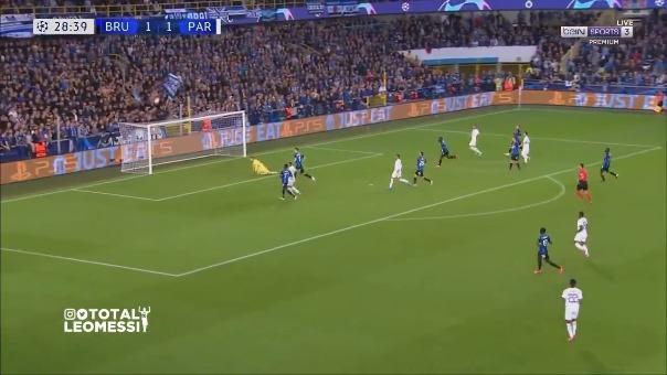 Casi gol de Lionel Messi ante Brujas.