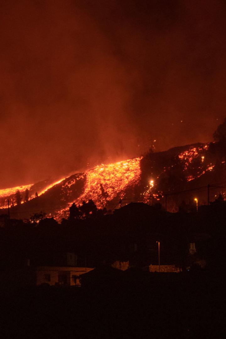 Espectacular erupción del volcán Cumbre Vieja en el archipiélago de Canaria