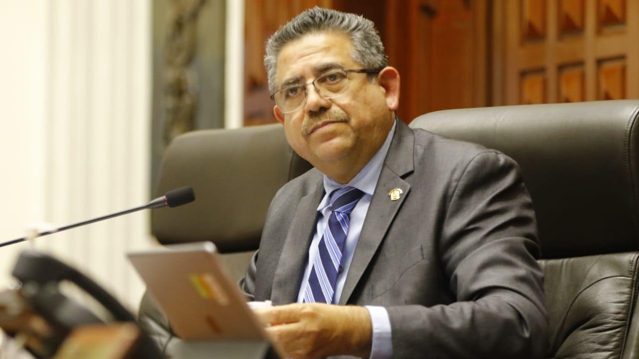 Manuel Merino pidió al Congreso pensión vitalicia.
