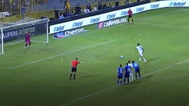 Así fue el 2-0 de Raúl Jiménez para la Selección de México.