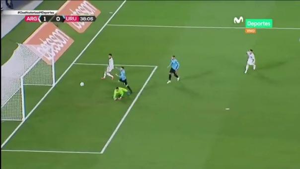 Gol de Lionel Messi ante Uruguay.