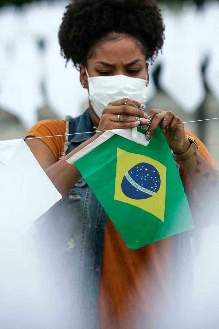 Río de Janeiro elimina la obligatoriedad del uso de mascarillas al aire libre